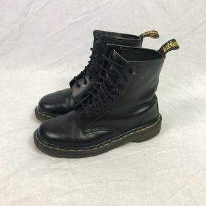 Doc Martens 8 eyelet boot England made